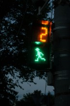 semafor trecere pietoni cifra doi