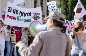 protest rosia montana iasi piata unirii 2013 portavoce